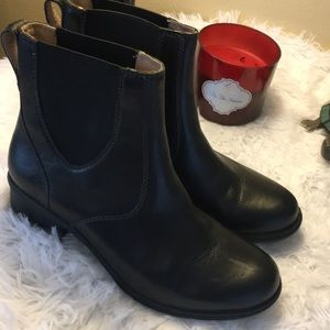 Bogs Size 8 Leather Upper
